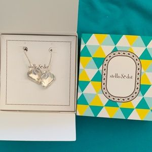 Esmee Leaf Drop earrings NIB